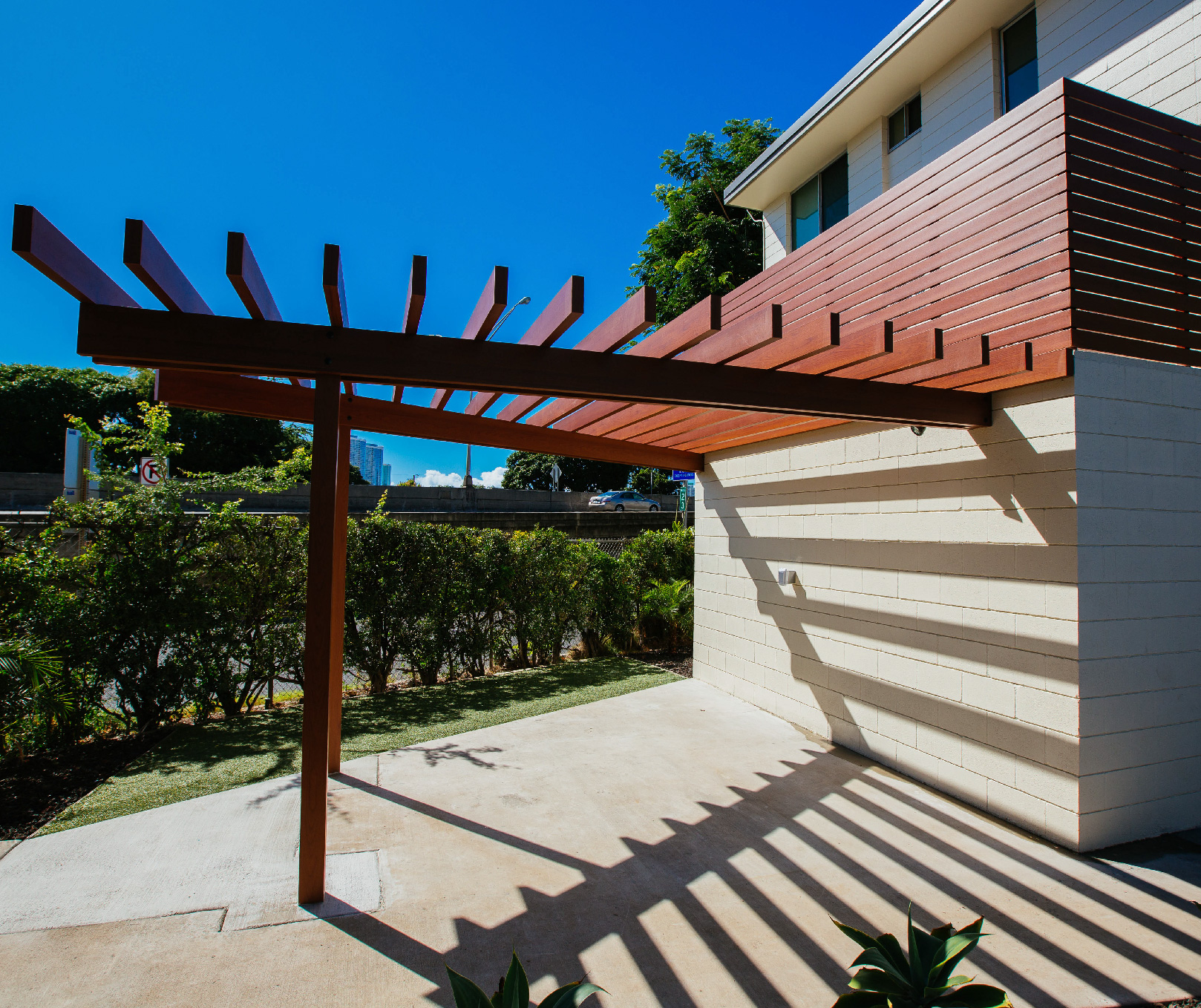 aluminium pergola with aluminium pergola aluminium. Black Bedroom Furniture Sets. Home Design Ideas