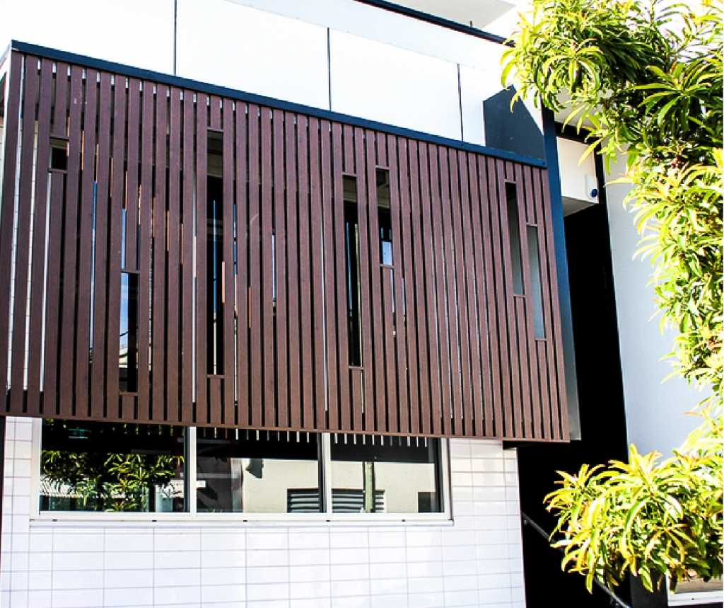 Home Exterior Systems: Knotwood